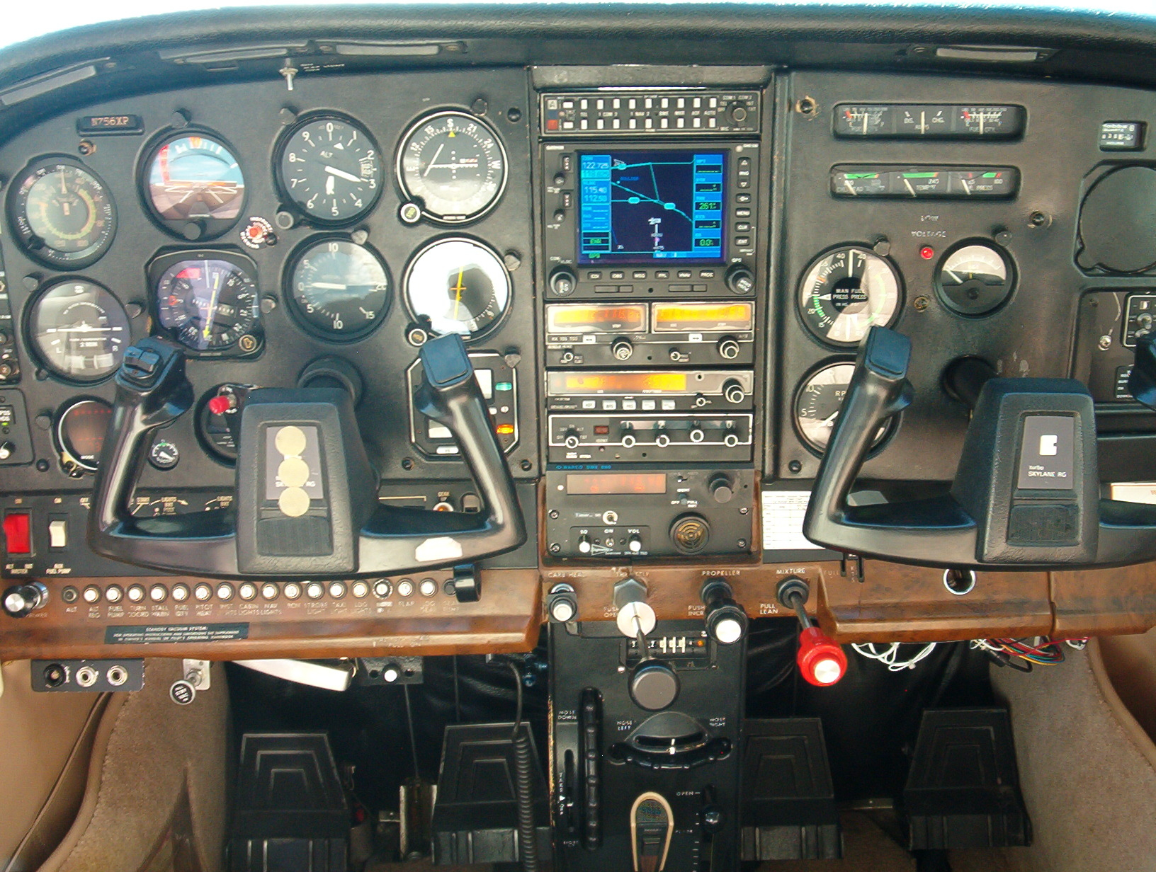TR182 N756XP aircraft for rent at Specialty Flight Training, Inc Learn to Fly Boulder, CO